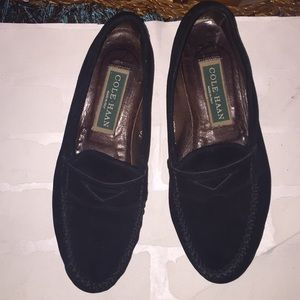 Cute Cole Haan black suede loafers size 6 1/2!